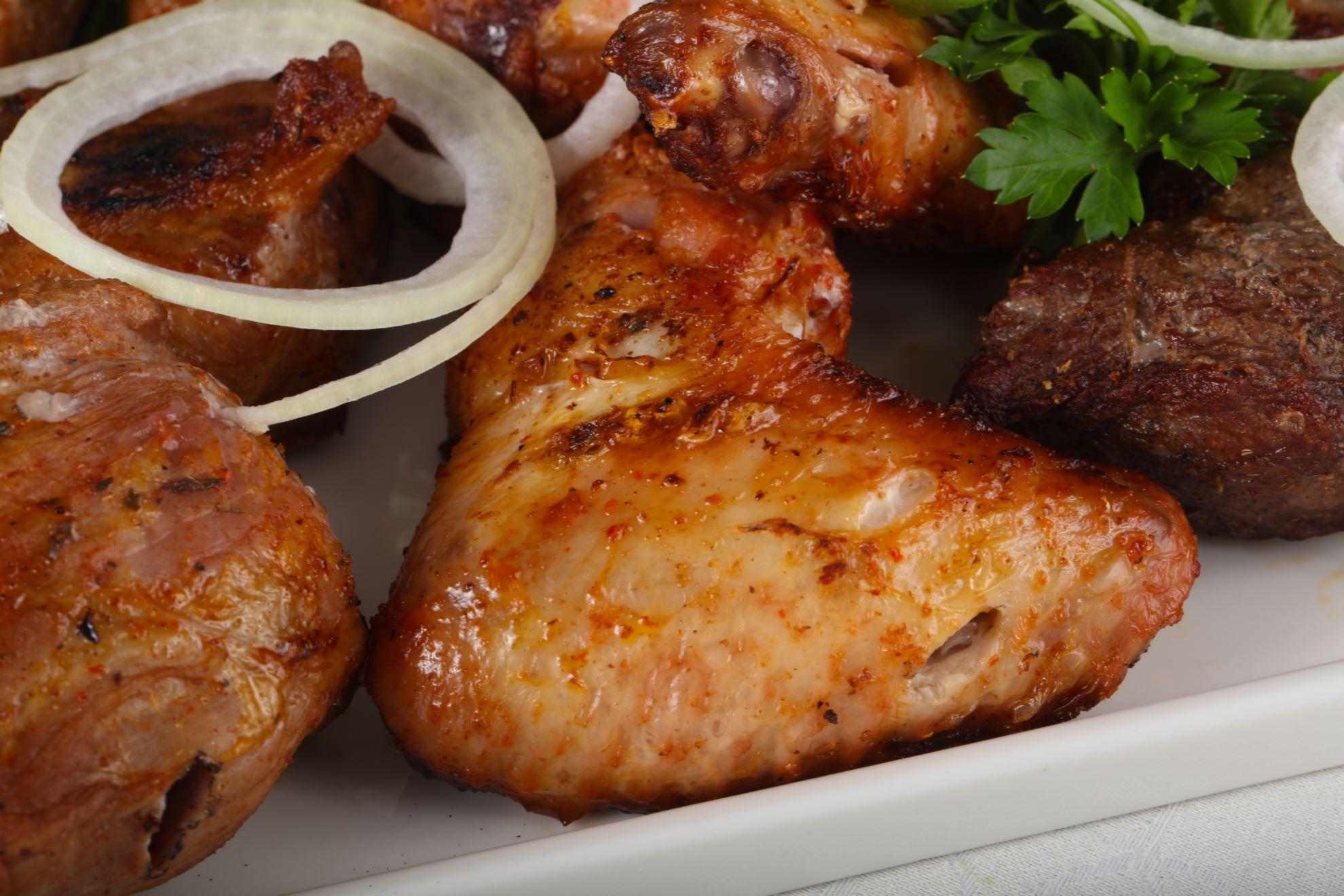 Как сделать вкусно шашлык из курицы на 462